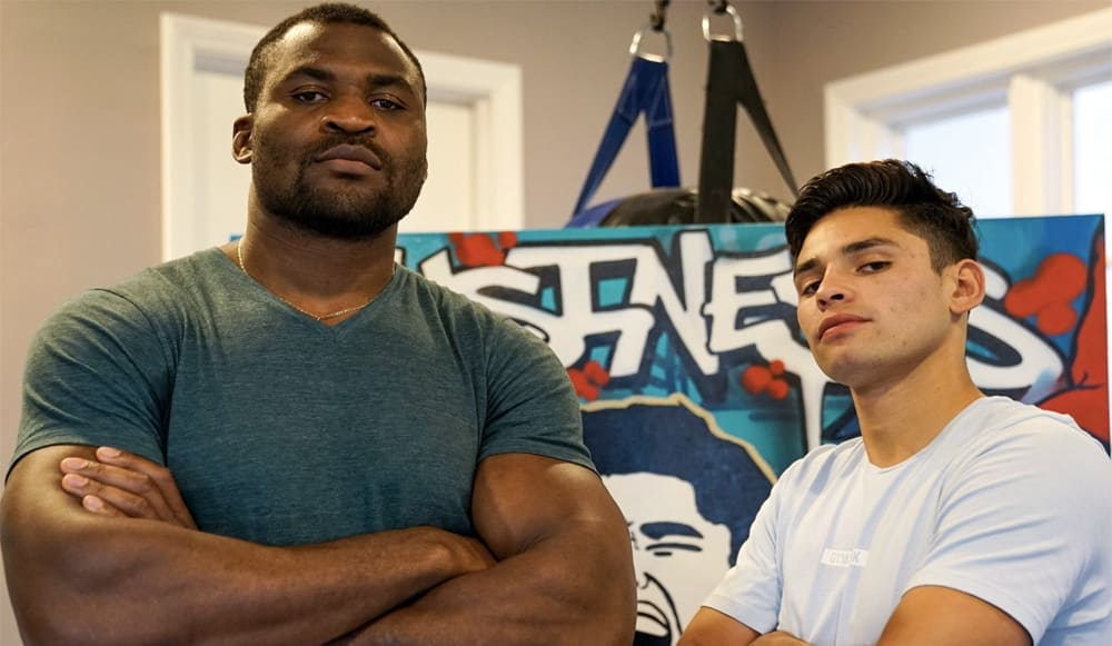 Francis Ngannou competes in speed with world lightweight boxing champion