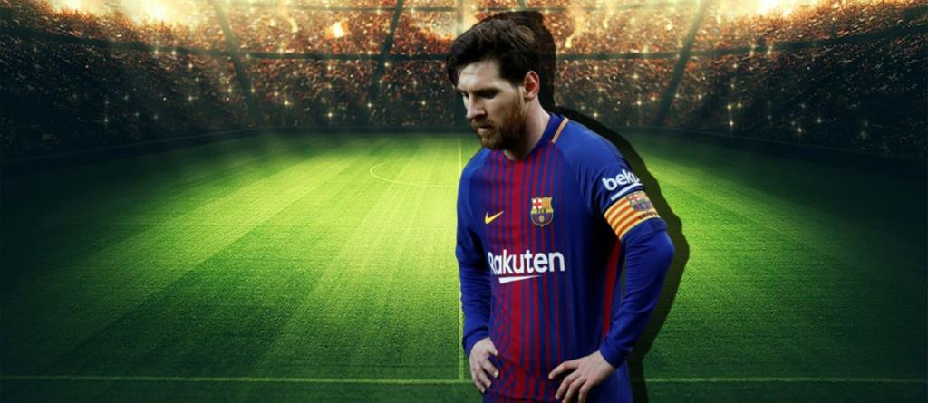Lionel Messi stays in Barcelona for the 2020-21 season