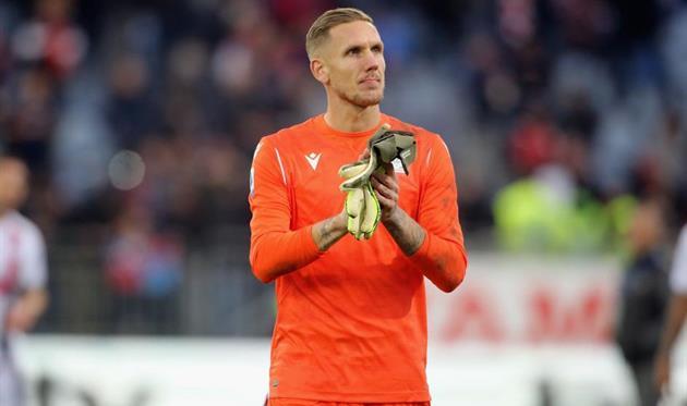 Everton loan goalkeeper Robin Olsen from Roma