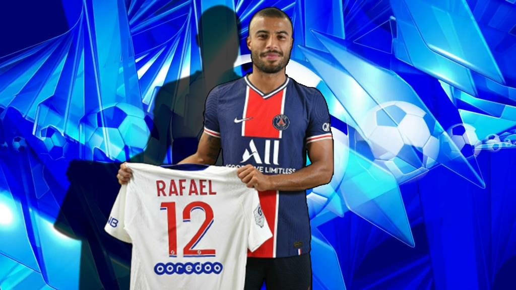 PSG announced the signing of Rafinha