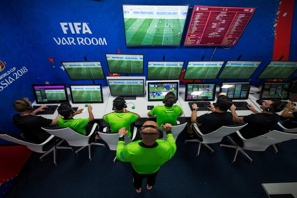 Football news VAR owners demand to stop using technology immediately