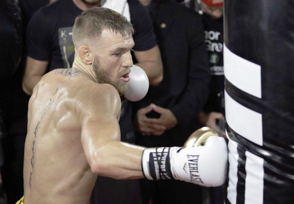 Conor McGregor explains how to train boxers who have moved to MMA