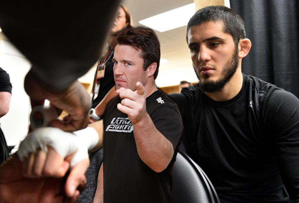 Chael Sonnen named the main problem of Islam Makhachev