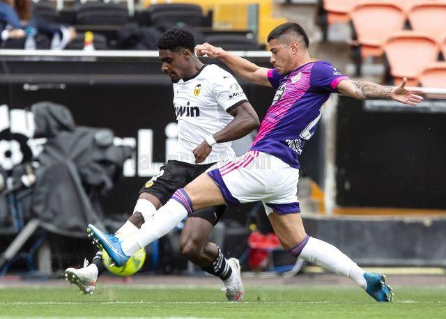Valencia beat Valladolid