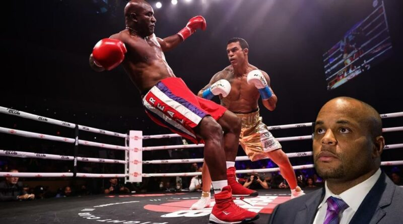 Boxing news Daniel Cormier shared his impressions of the Holyfield-Belfort boxing match.