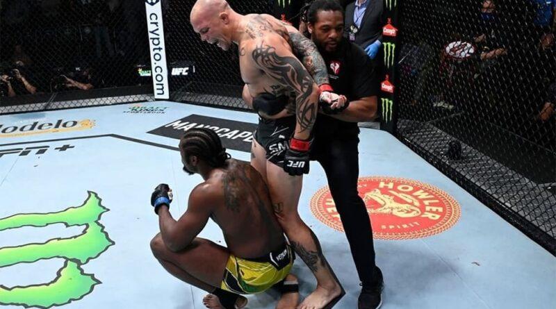 UFC news UFC Fight Night 192 bonuses.